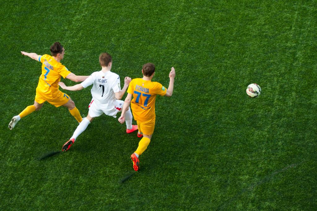 Lietuvos A futbolo lygos varžybos. Idomi skaičių kombinacija 7-7-77